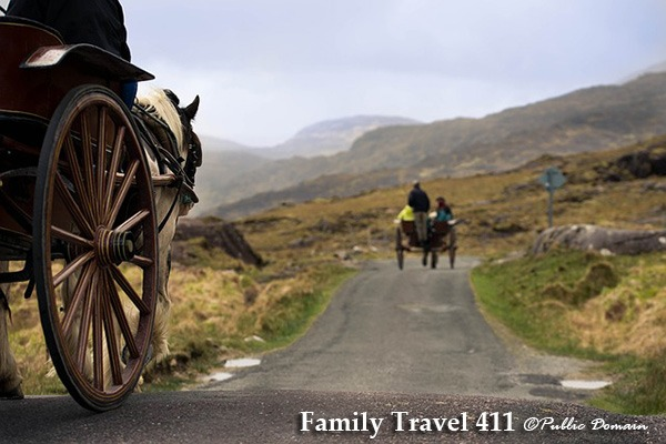 Gap of Dunloe by bike, jaunting cart,