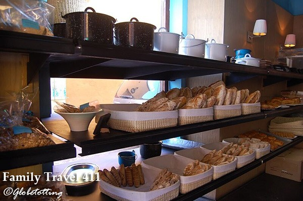 Head to Cumpanio for a bakery breakfast during your stay in San Miguel de Allende with kids.