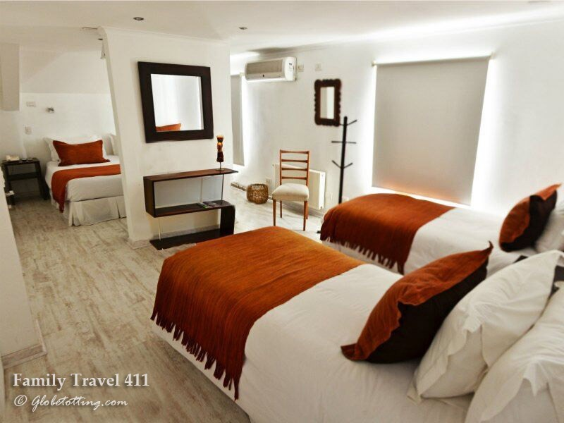A family-friendly room at Meridiano Sur, Santiago.