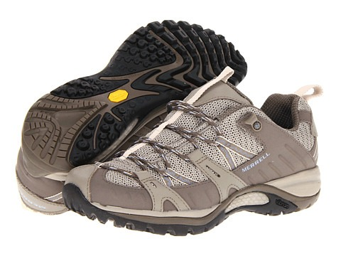 Deep treads and sticky outsole help you keep up with the kids.
