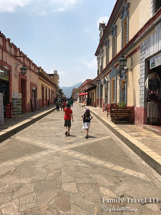 A pedestrian zone just perfect for wandering afoot as a family in San Cristobal de Las Casas with kids